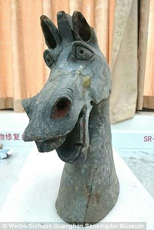 bức tượng đồng kỳ quặc Han diosystem 2
