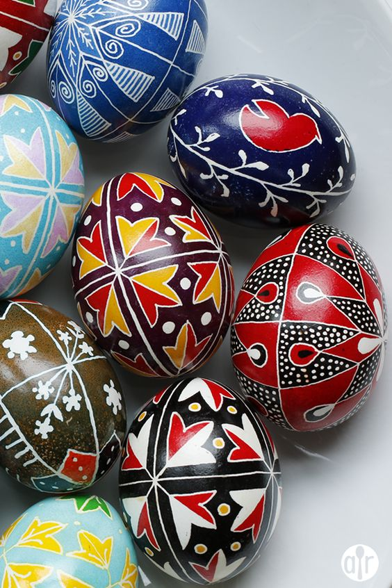 fun ways to dye easter eggs, pysanky