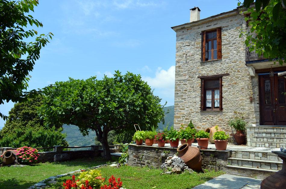 picturesque Greek village, Pilio
