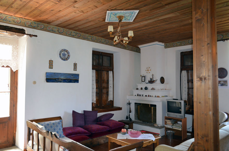 traditional Greek Pelion house, interios