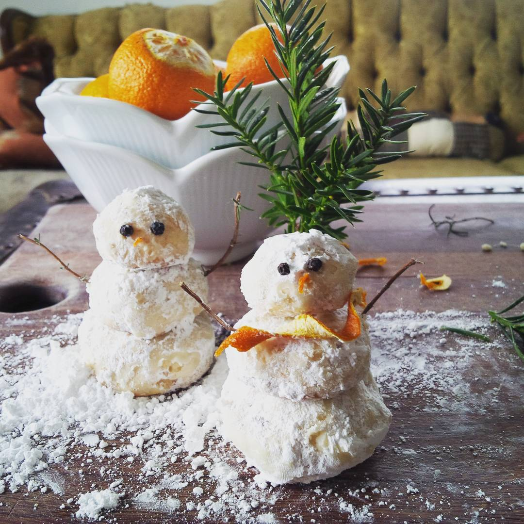 Creative snowman recipes for christmas table