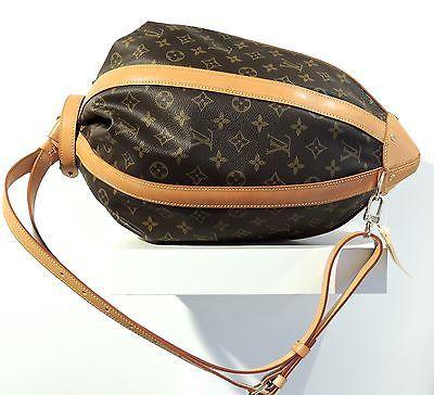 Dizionario della Moda Mame: Louis Vuitton. La borsa creata da Romeo Gigli per il centesimo anniversario.
