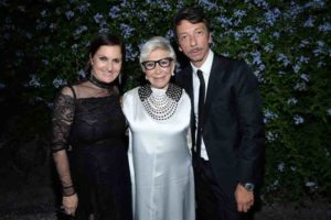 La stilista Maria Grazia Chiuri con Anna Fendi e Pierpaolo Piccioli