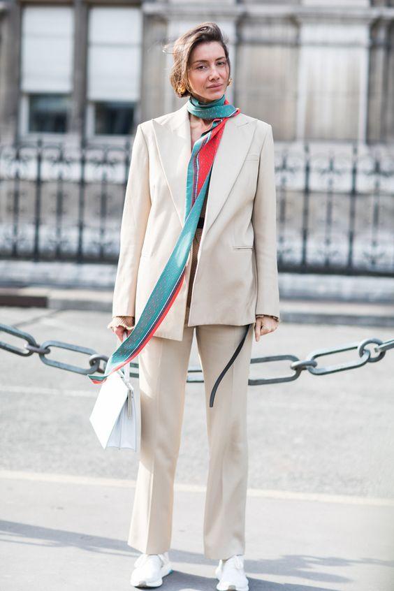 Как повязать платок или шарф и не отстать от моды
