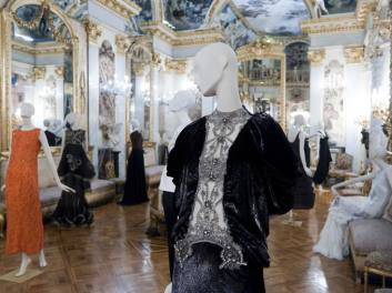 Vestido de Hannibal Laguna / Fotografía: Arantxa Boyero
