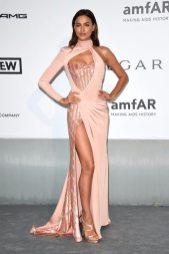 Irina Shayk - Atelier Versace