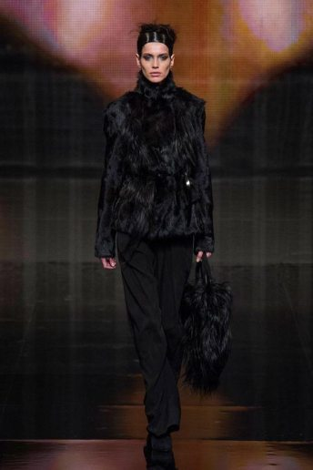 Amanda Wellsh - Donna Karan 2014 Sonbahar-Kış Koleksiyonu