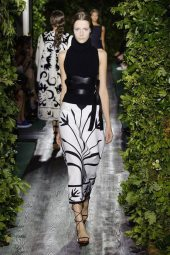 Yana Van Ginneken - Valentino 2014 Sonbahar Haute Couture