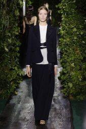 Alisa Ahmann - Valentino 2014 Sonbahar Haute Couture