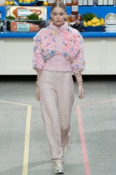 Hollie-May Saker - Chanel Fall 2014