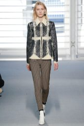 Julia Nobis - Louis Vuitton Fall 2014
