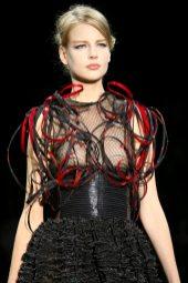 Elisabeth Erm - Armani Privé Fall 2014 Couture