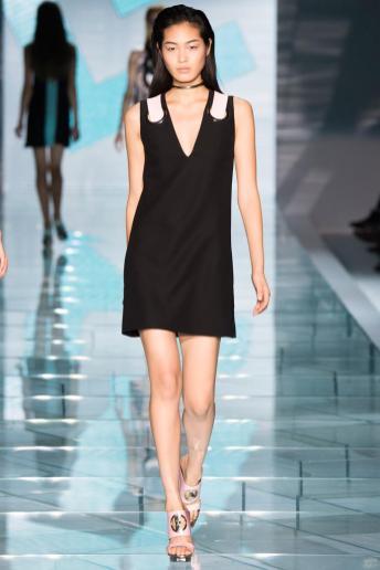 Chiharu Okunugi - Versace Spring 2015
