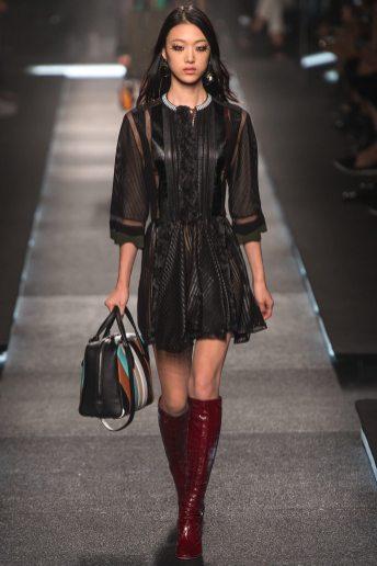 So Ra Choi - Louis Vuitton Spring 2015