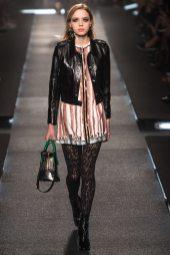 Esmeralda Seay-Reynolds - Louis Vuitton Spring 2015