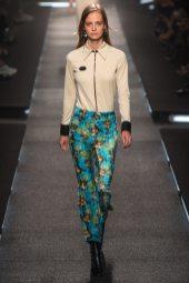 Ine Neefs - Louis Vuitton Spring 2015