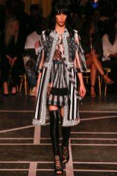 Jamie Bochert - Givenchy Spring 2015