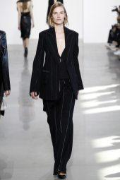 Suvi Koponen - Calvin Klein Collection Fall 2016 Ready to Wear