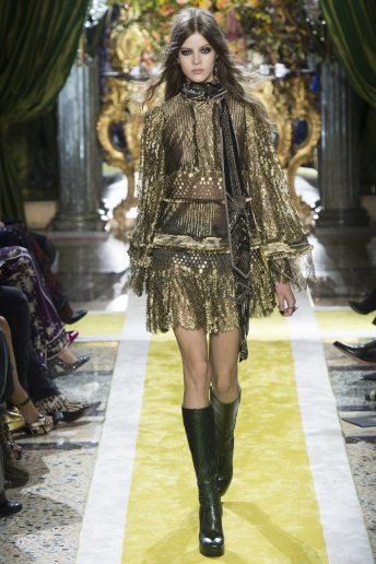 Bara Podzimkova - Roberto Cavalli Fall 2016 Ready-to-Wear