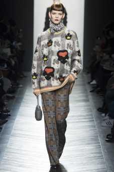 Irina Kravchenko - Bottega Veneta Fall 2016 Ready-to-Wear
