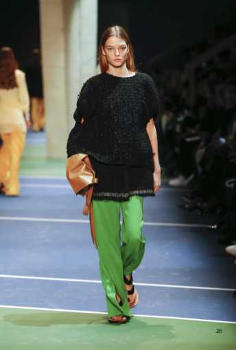 Roos Abels - Céline Fall 2016 Ready-to-Wear
