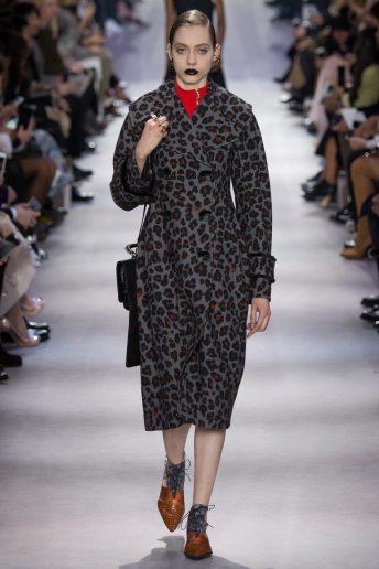 Odette Pavlova - Christian Dior Fall 2016 Ready-to-Wear