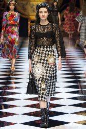 Jovana Zelenovic - Dolce & Gabbana Fall 2016 Ready-to-Wear
