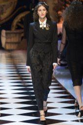 Valery Kaufman - Dolce & Gabbana Fall 2016 Ready-to-Wear