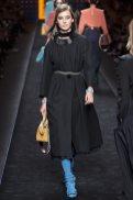 Julia Bergshoeff - Fendi Fall 2016 Ready-to-Wear