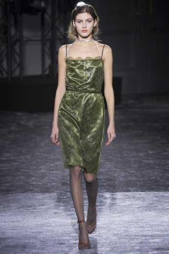 Valery Kaufman - Nina Ricci Fall 2016 Ready-to-Wear