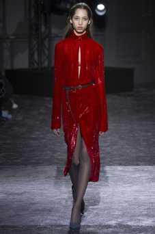 Yasmin Wijnaldum - Nina Ricci Fall 2016 Ready-to-Wear