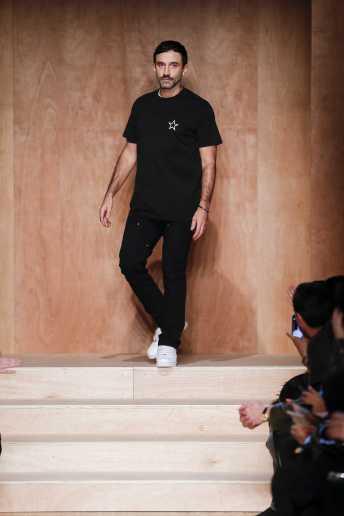 Riccardo Tisci - Givenchy Fall 2016 Ready-to-Wear