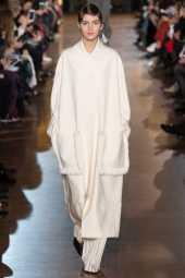 Valery Kaufman - Stella McCartney Fall 2016 Ready-to-Wear