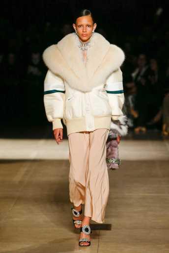 Binx Walton - Miu Miu Fall 2017 Ready-to-Wear