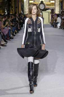 Heloise Giraud - Balmain - Spring 2018 Ready-to-Wear