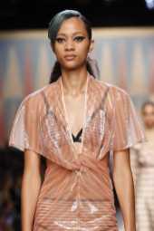 Fendi Spring 2018 Ready-to-Wear