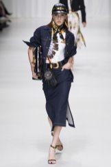 Teddy Quinlivan - Versace Spring 2018 Ready-to-Wear