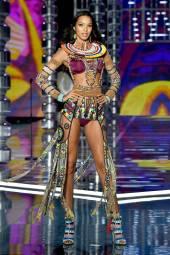 Lais Ribeiro - Victoria's Secret Fashion Show