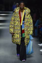 Montell Martin - Burberry Spring 2018 Ready-to-Wear