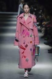 Hyun Ji Shin - Burberry Spring 2018 Ready-to-Wear