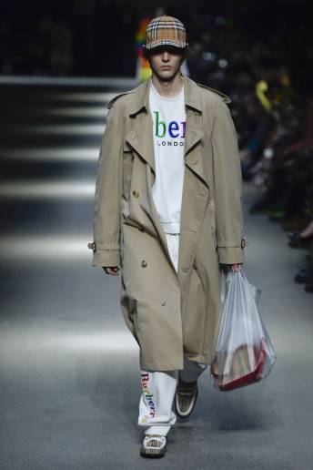 Eli Epperson - Burberry Spring 2018 Ready-to-Wear