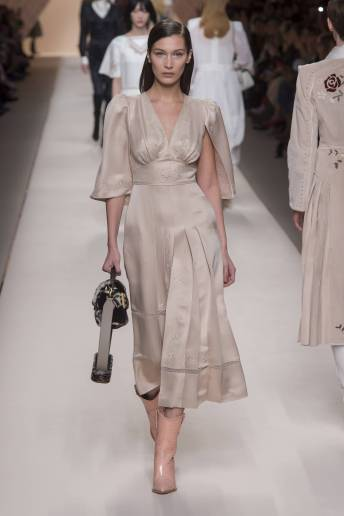 Bella Hadid - Fendi Fall 2018 Ready-to-Wear
