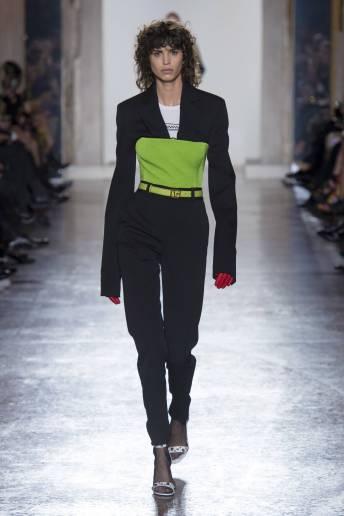 Mica Arganaraz - Versace Fall 2018 Ready-to-Wear