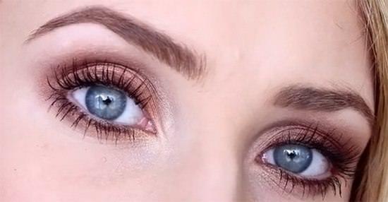 Shadow pour les yeux bleus