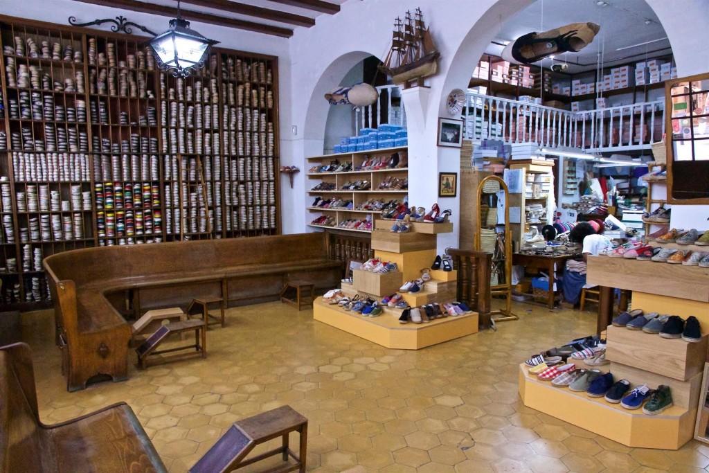 as-tradicionais-alpargatas-espanholas