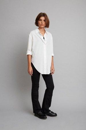 Camisa oversize en color blanco de algodón.