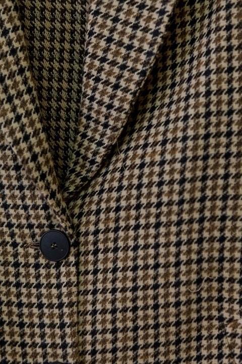 Detalle del estampado de cuadros de la chaqueta Camden de ese O ese.