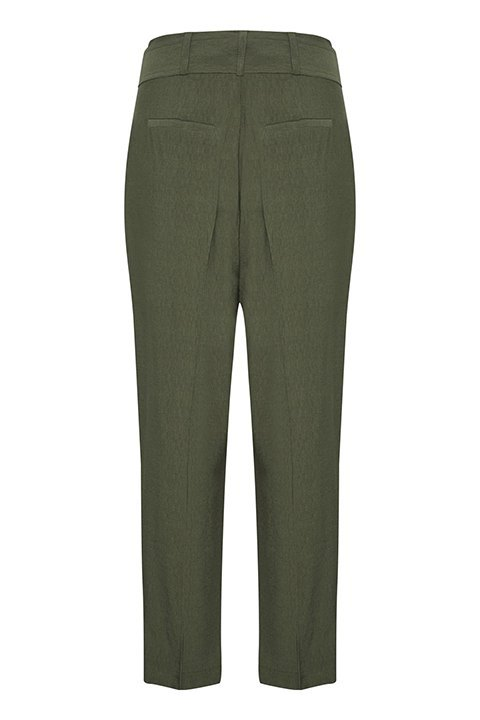Pantalón iggy de Soaked in luxury visto por atrás.