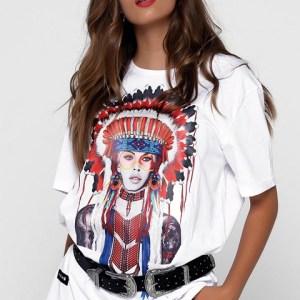 Camiseta blanca serigrafiada con la actriz Brigitte Bardot.