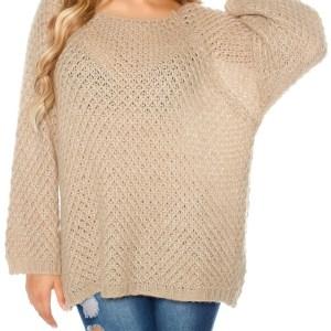 Trendy oversize mohair sweater crochet look Beige